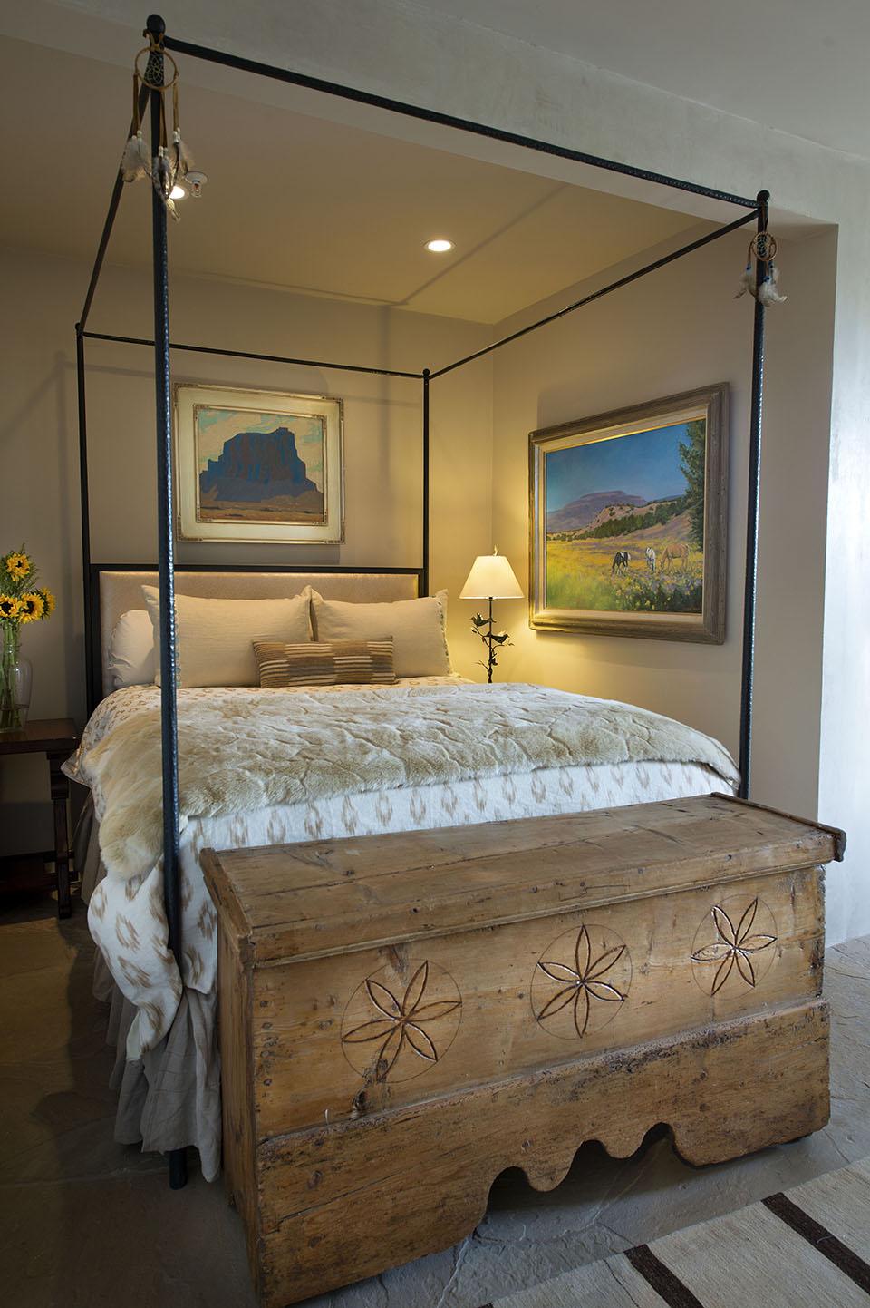 rustic-guest-bedroom.jpg