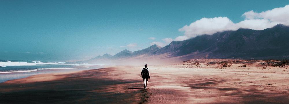 alone-beach-blue-skies-934718.jpg