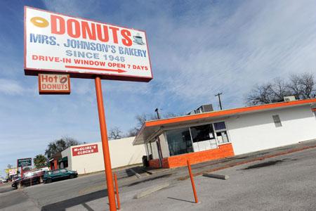 mrs johnsons bakery austin texas groovy movers moving austin hyde park.jpg