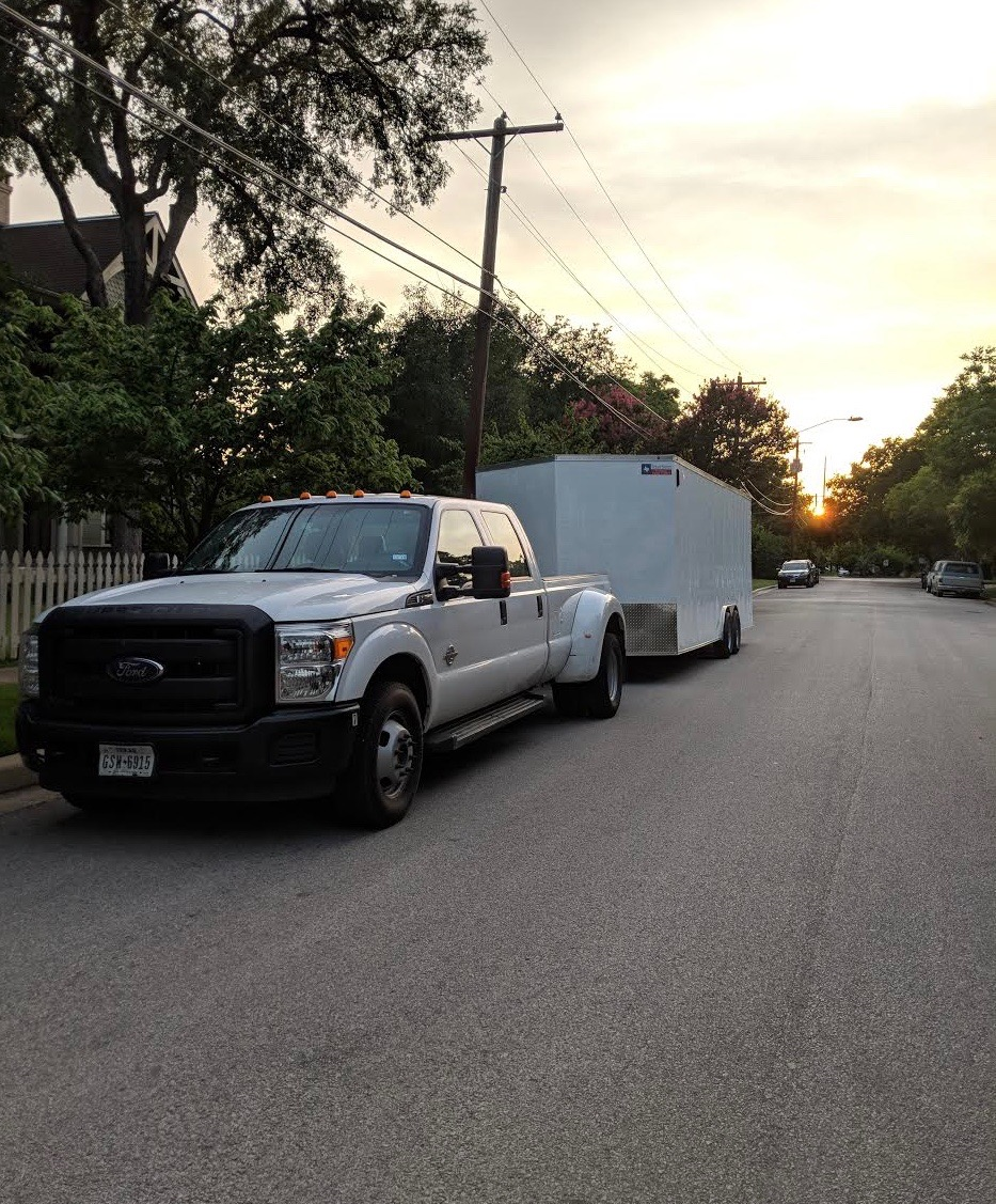 moving movers groovy movers hyde park austin.jpg