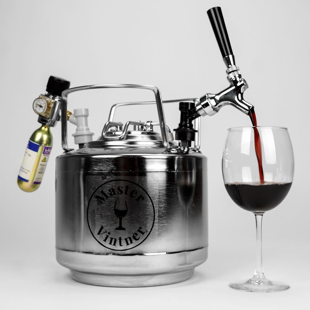 41985-mv-wine-keg-system-pouring_1.jpg