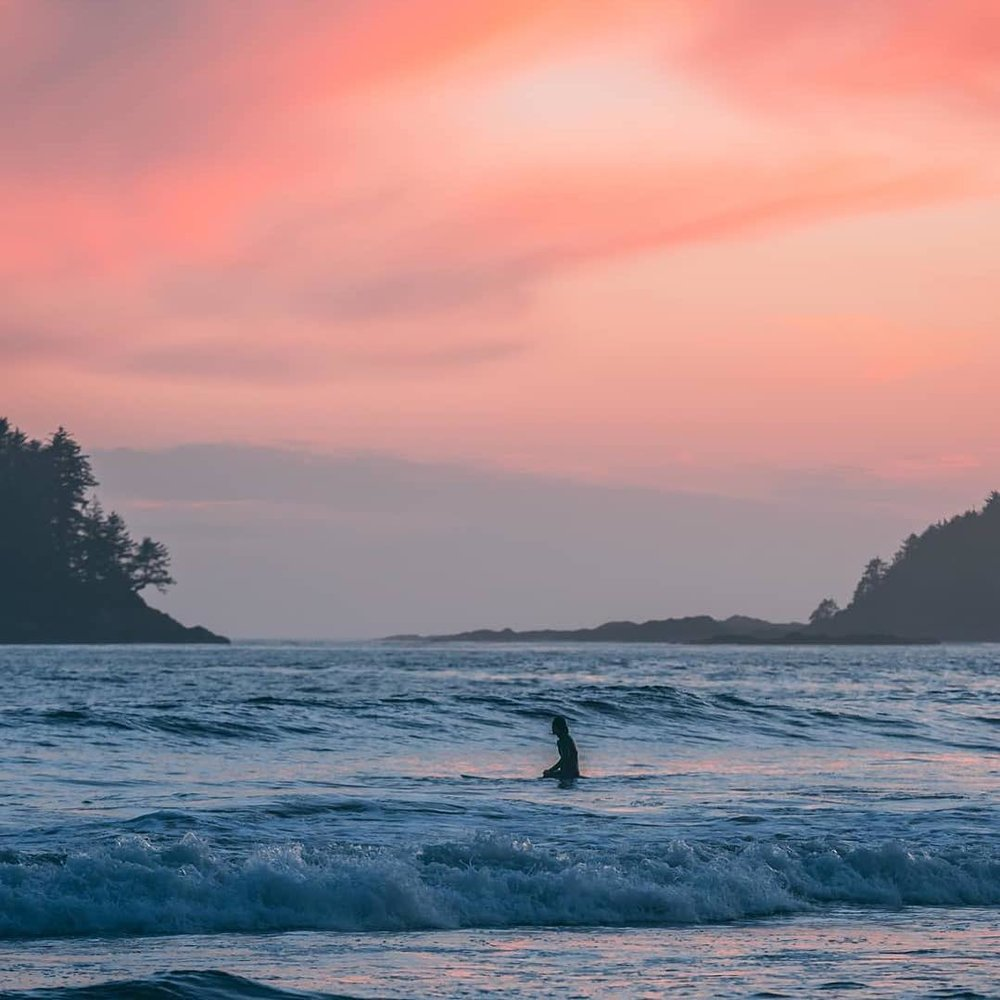 Chesterman Beach, BC - The Story: The famous Chesterman Beach is a renowned surf spot during both the summer and winter. It's even ranked one of the top places in North America to learn how to surf! Definitely worth adding to the bucket list. (📸 @toose52)