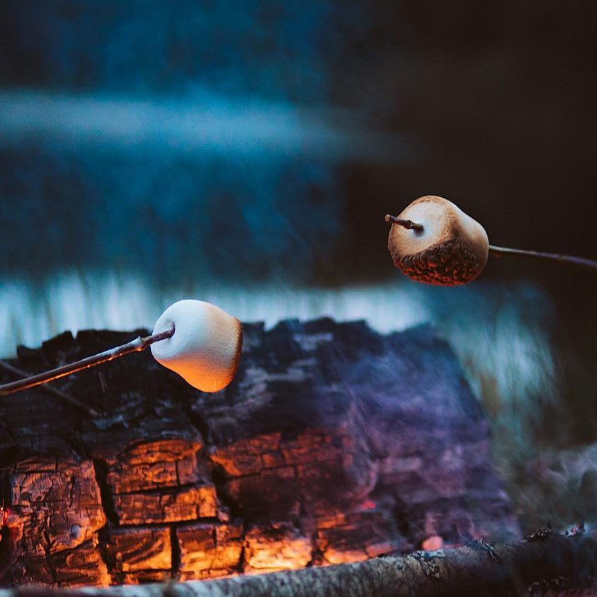 Everywhere, Canada - The Story: How do you like your marshmallows roasted? Are you patient enough to get them to that perfect shade of golden brown or do you just stick them right in the fire and then blow out the flames? (We know there's some of you out there!) (📸 @nrthwrd)