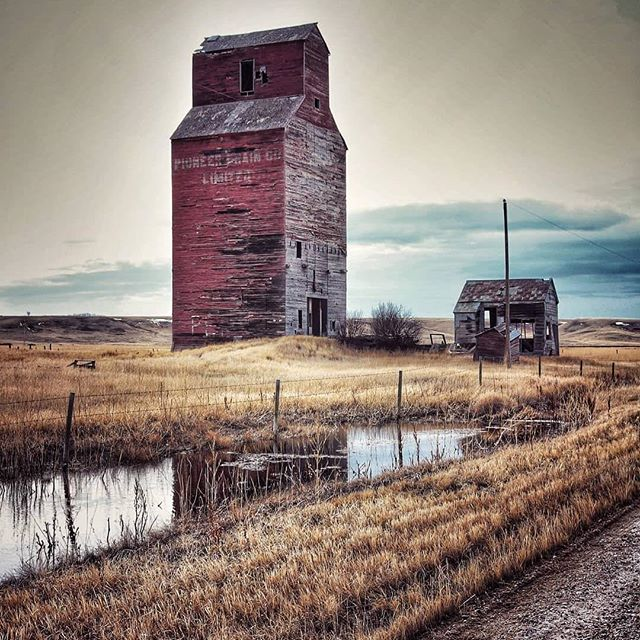 The Story: Did you know that the now ghost town of Neidpath, Saskatchewan was named after Neidpath Castle, near Peebles, Scotland? (📸 @anitafaye71) #canadaexplored