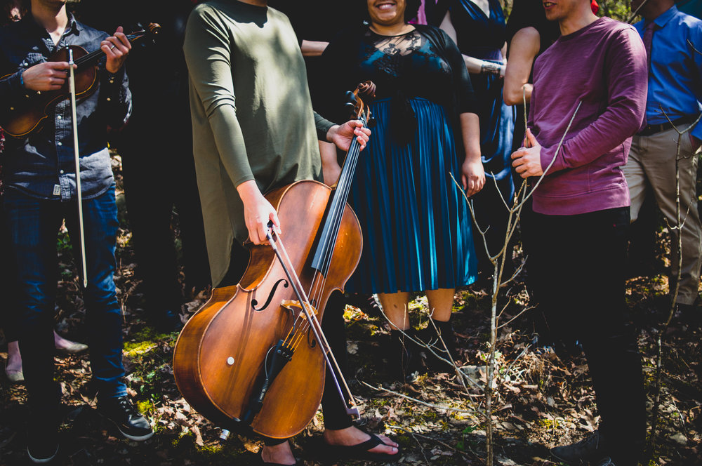 chatterbird - chatterbird is a Nashville-based ensemble dedicated to exploring uniquely orchestrated chamber music.