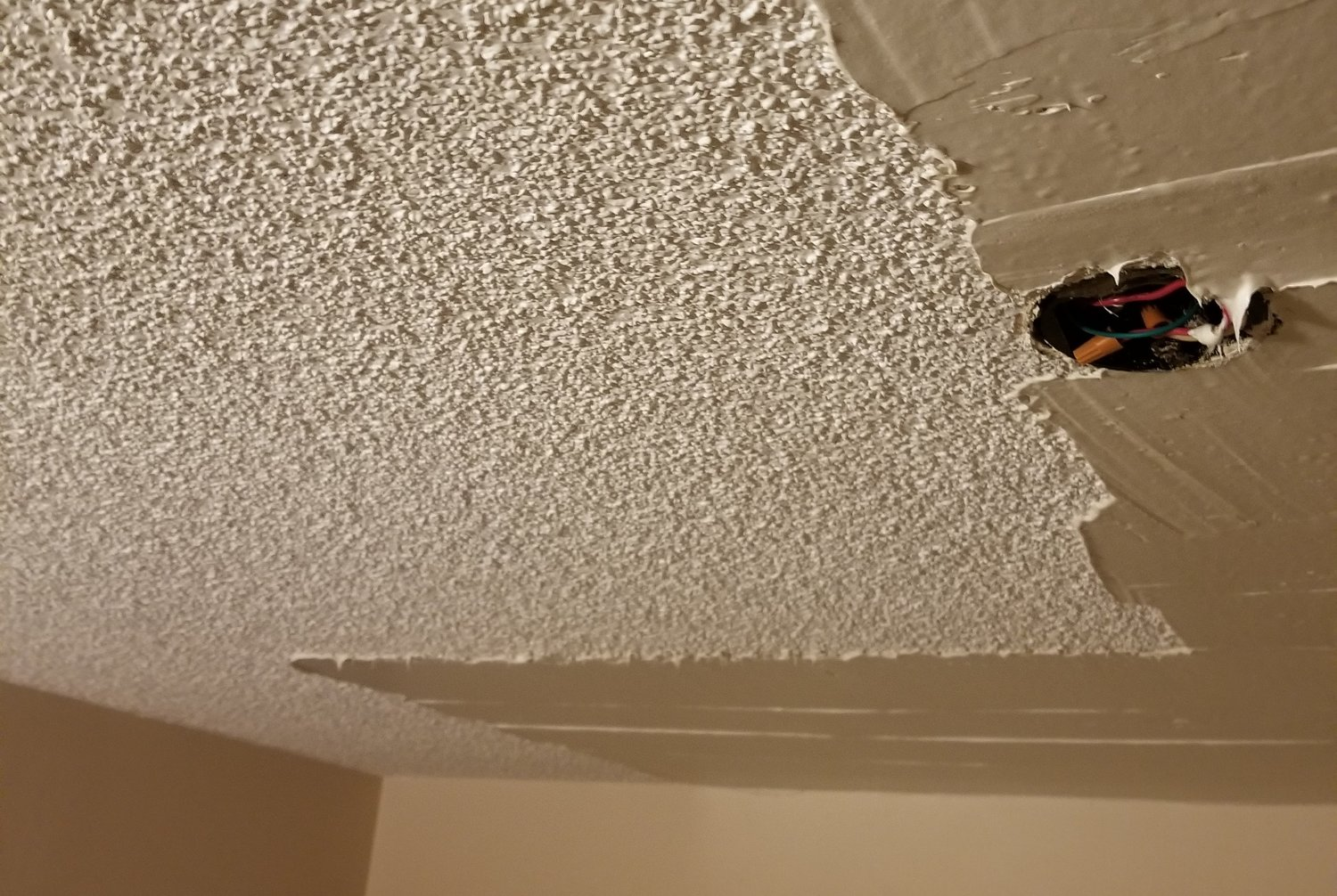 3 Reasons to Remove Popcorn Ceilings from Your Home: It's Time for ...