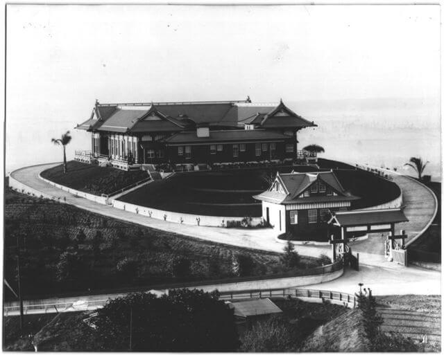 yamashiro-aerial-from-back-1920s.jpg