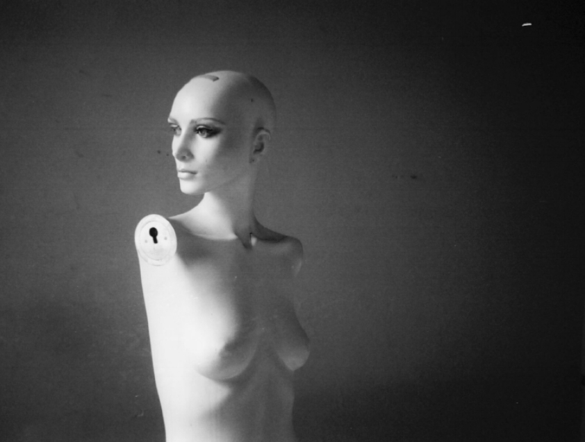 Mannequin. Expired B&W. Contax TVS.