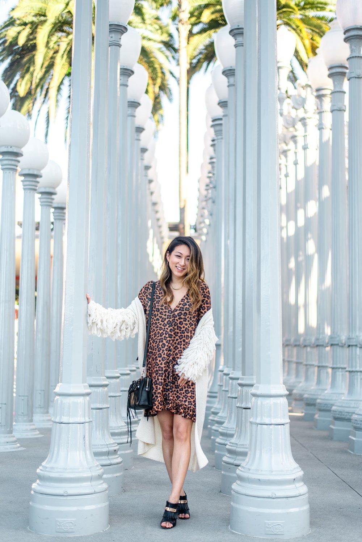 Margaret Nam- Urban Light-LA TOP Instagram Spot-2