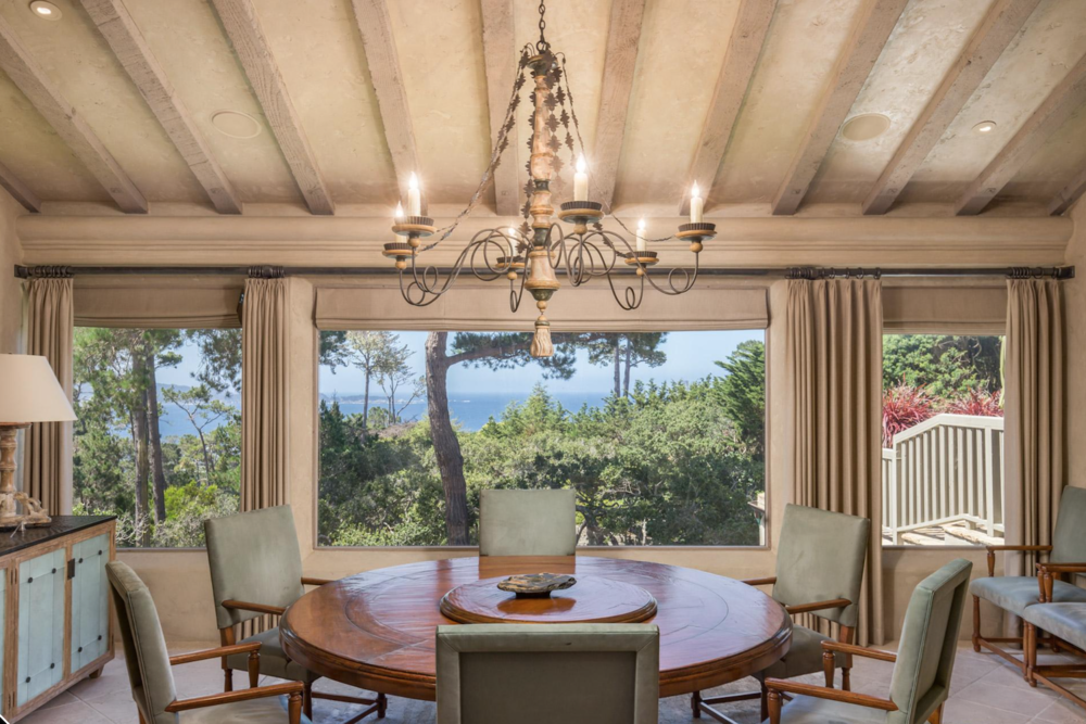 Pebble Beach Dining Room.png