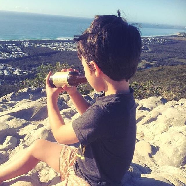 Not just on Monday's but everyday, the little men in my life are my inspiration. To develop, create and inspire them to lead happy, healthy, active lives ✨🌿 . . . . #yogibeerkombucha #kombucha #inspo #mondayinspiration #mountainclimbing #mondaymotivation #motivationeveryday #mumofboys #fitfam #healthykids #activekids #healthymum #foodblogger #ontopoftheworld