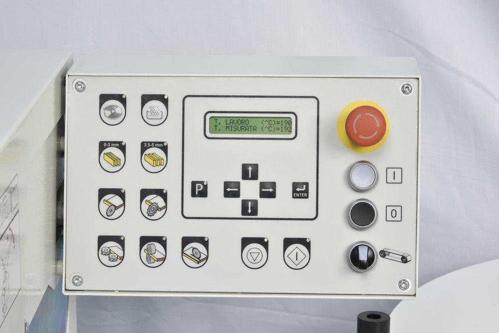 2139714-CONTROLLOMACCHINA-CONTROL.JPG