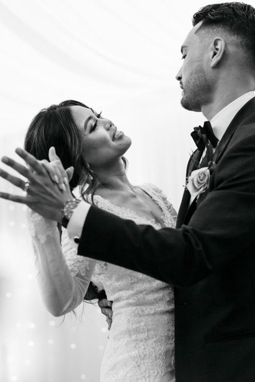 videographer photographer wedding dance.jpg