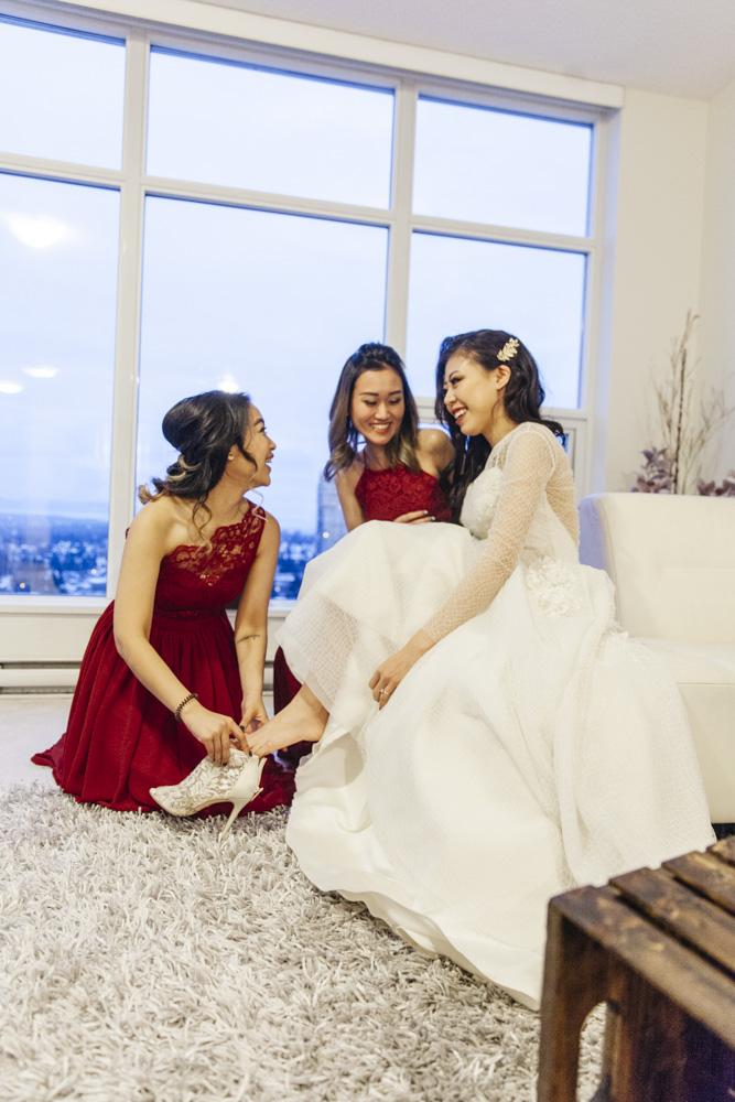 i need a wedding photographer videographer.jpg