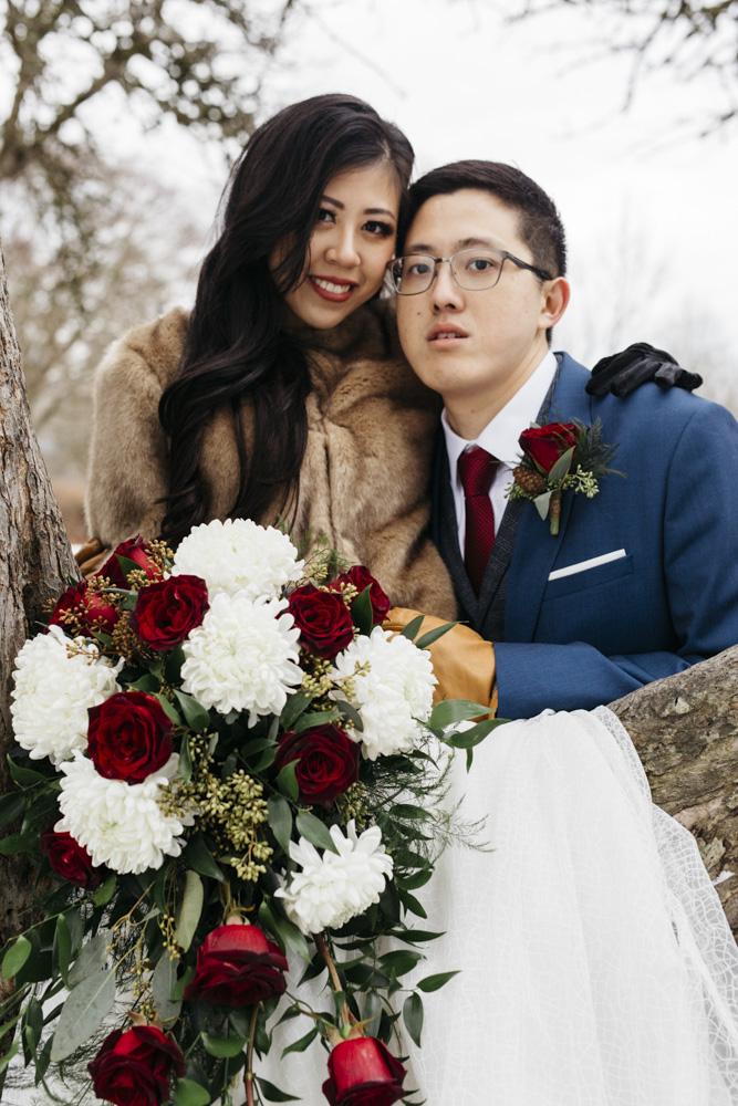 i need a photographer wedding photo poses.jpg