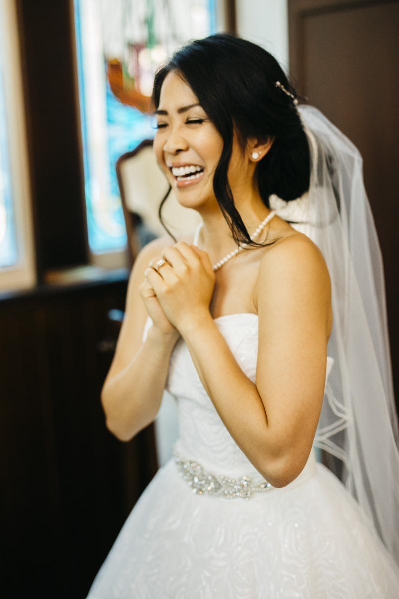 groom bride videography vancouver.jpg