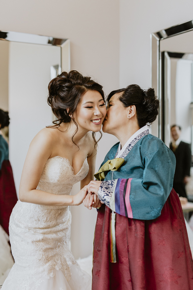photography bride mom videography vancouver bc.jpg