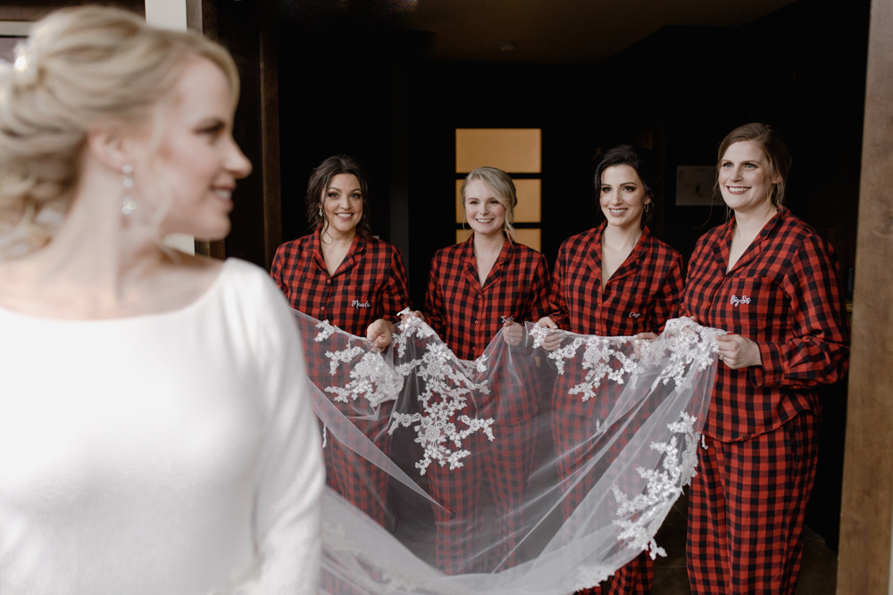 bridesmaids photography in vancouver.jpg