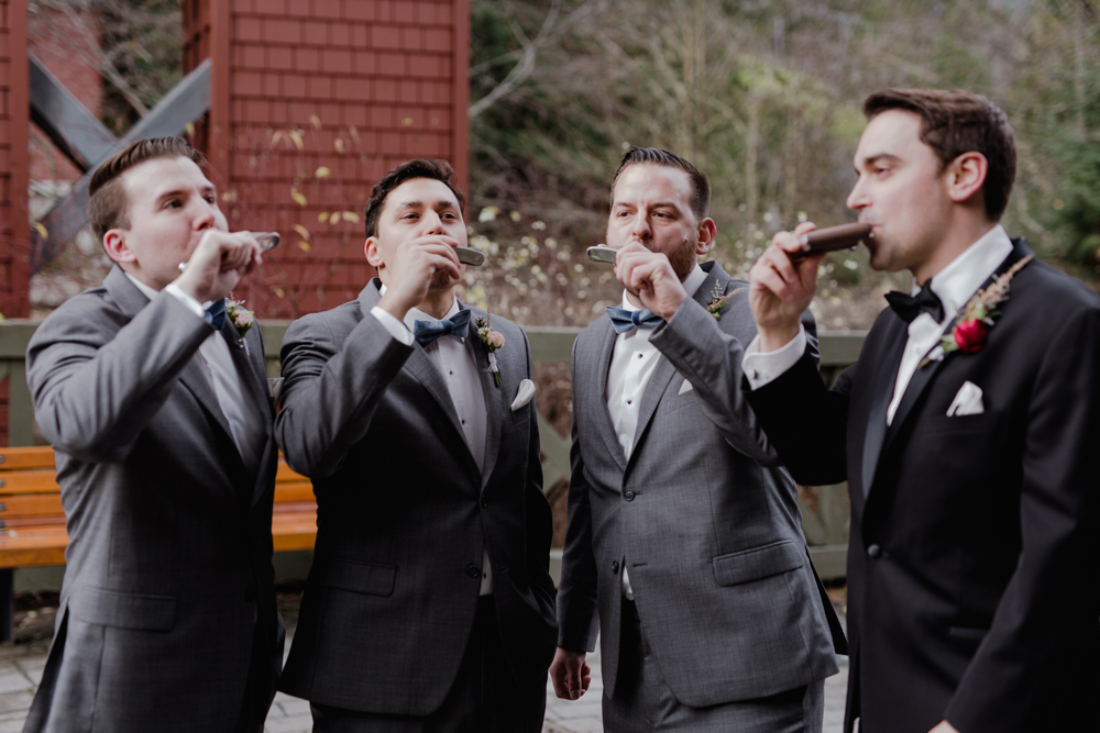groomsmen drinking alcohol.jpg