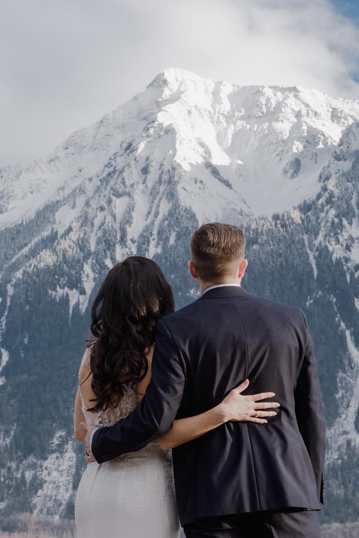 winter weddings.jpg