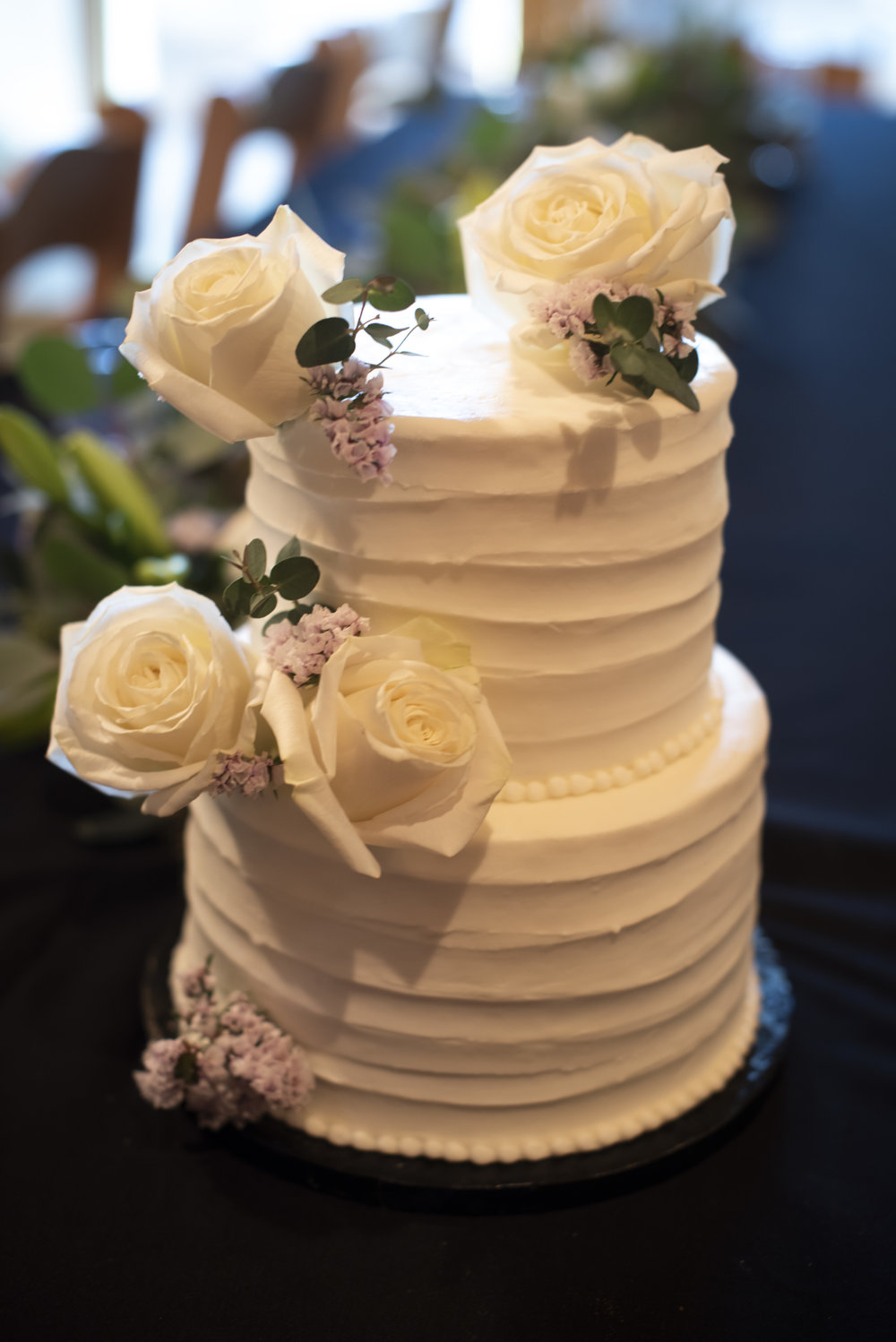 Simple Cake Flowers by Bend Floral Artistry. Sunriver Oregon private residence. Photo by:  WildTeacup.com  Jennifer Whelan