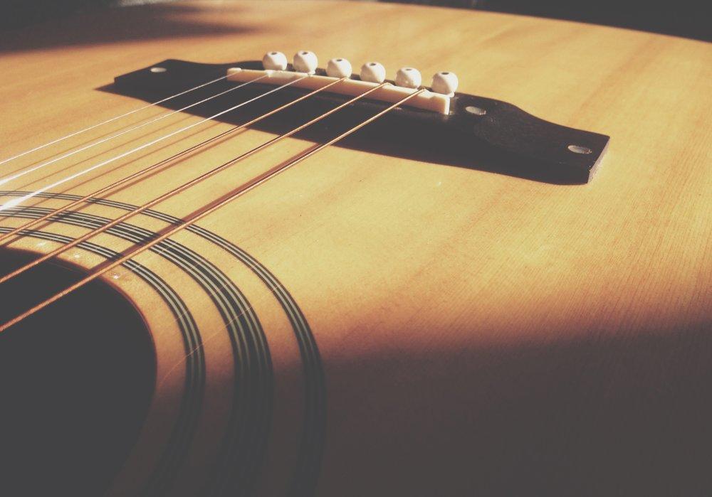 acoustic-acoustic-guitar-blur-230800.jpg