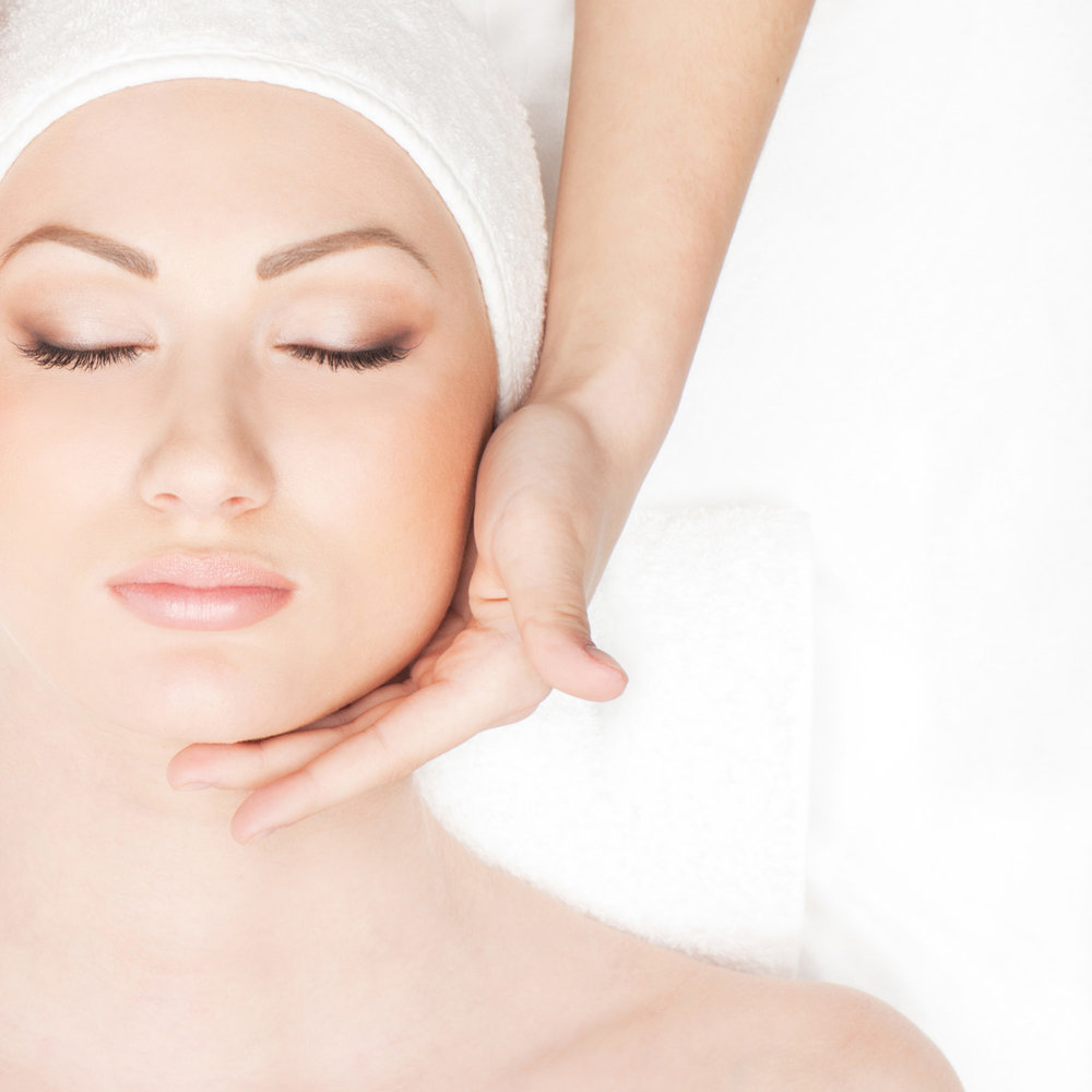 Essence_of_Lily_Beauty_Studio_Perth_Cottesloe_Spa_Salon_Facial_Treatments_Massage_Anti_Ageing_Body_Treatments_HOME_1.jpg