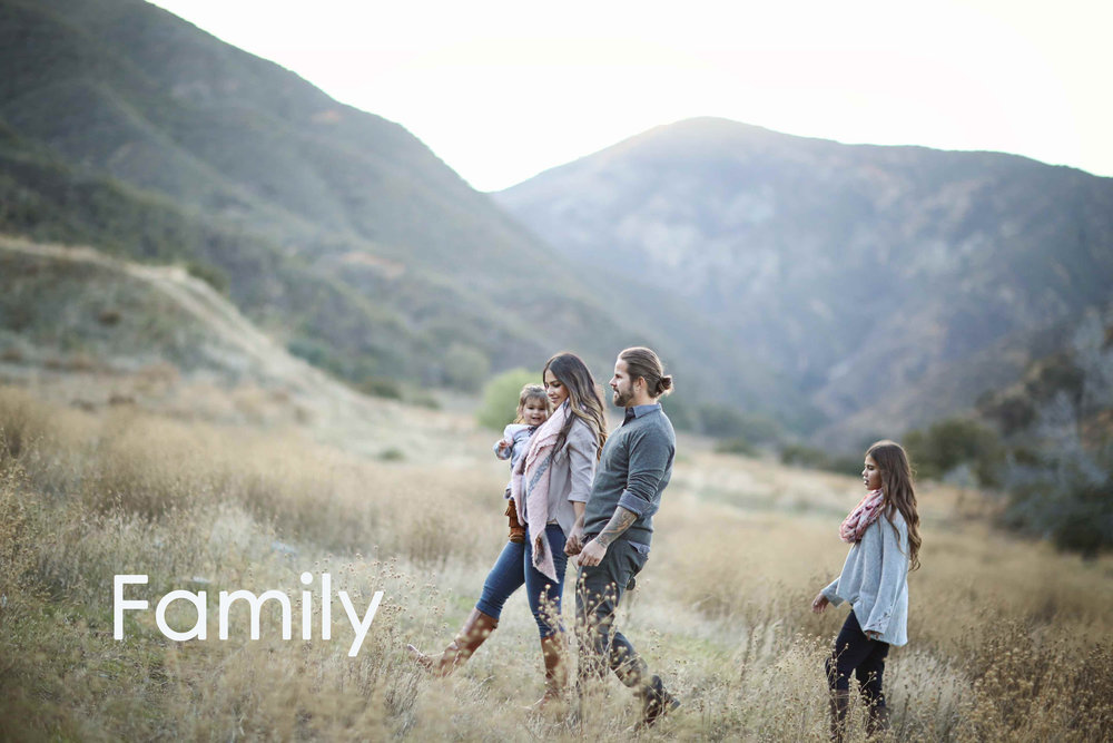 A beautiful family photo taken in a field in Orange County.