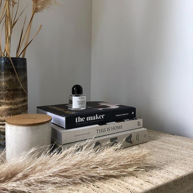 Capturing quiet moments at home and finding beauty in the little things! Happy Saturday folks! . . . . . #travertine #stone #natural #coffeetable #books #byredo #beauty #littlethings #interiors #decor #home #thisishome #love #house #natural #materials #vernacular #landscape #living #styling #interiordesign #interiorstyling #nordic #soft #palette #home #myhome #relaxed #saturday #weekendvibes