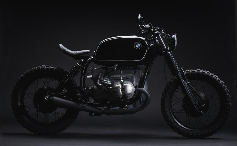2018-08-31_TimeMachine-BMW_Details_520_FIXED_v01.jpg