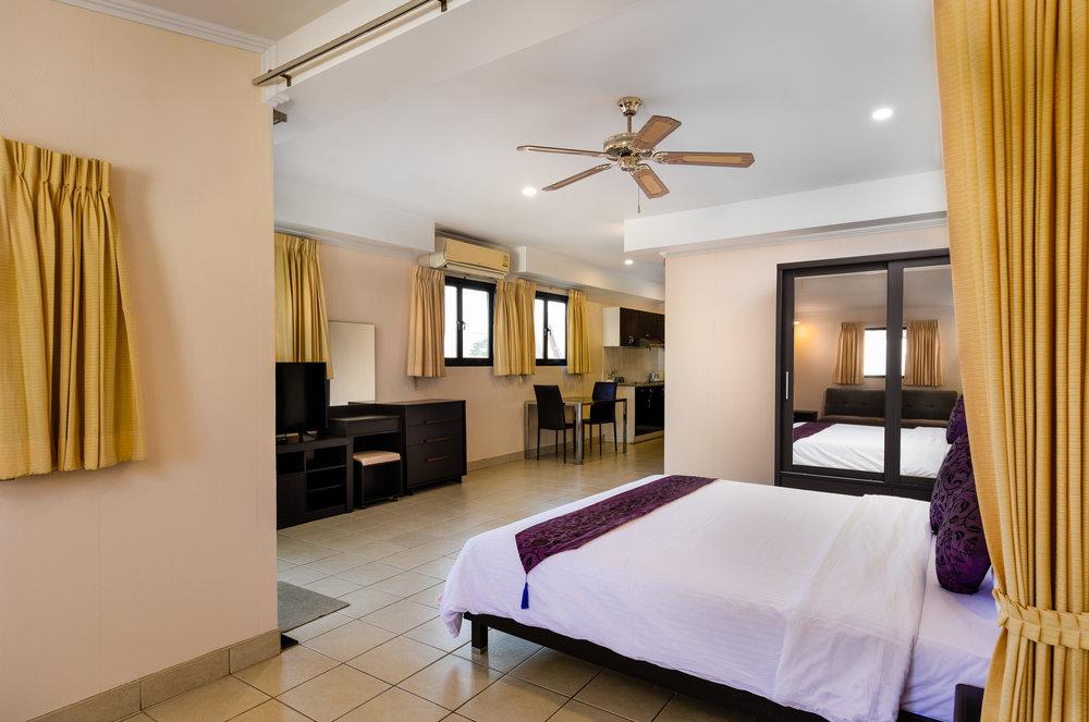 the-classroom-hotel-pattaya-12.jpg