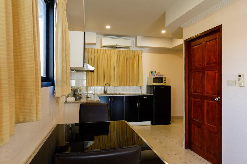 the-classroom-hotel-pattaya-14.jpg