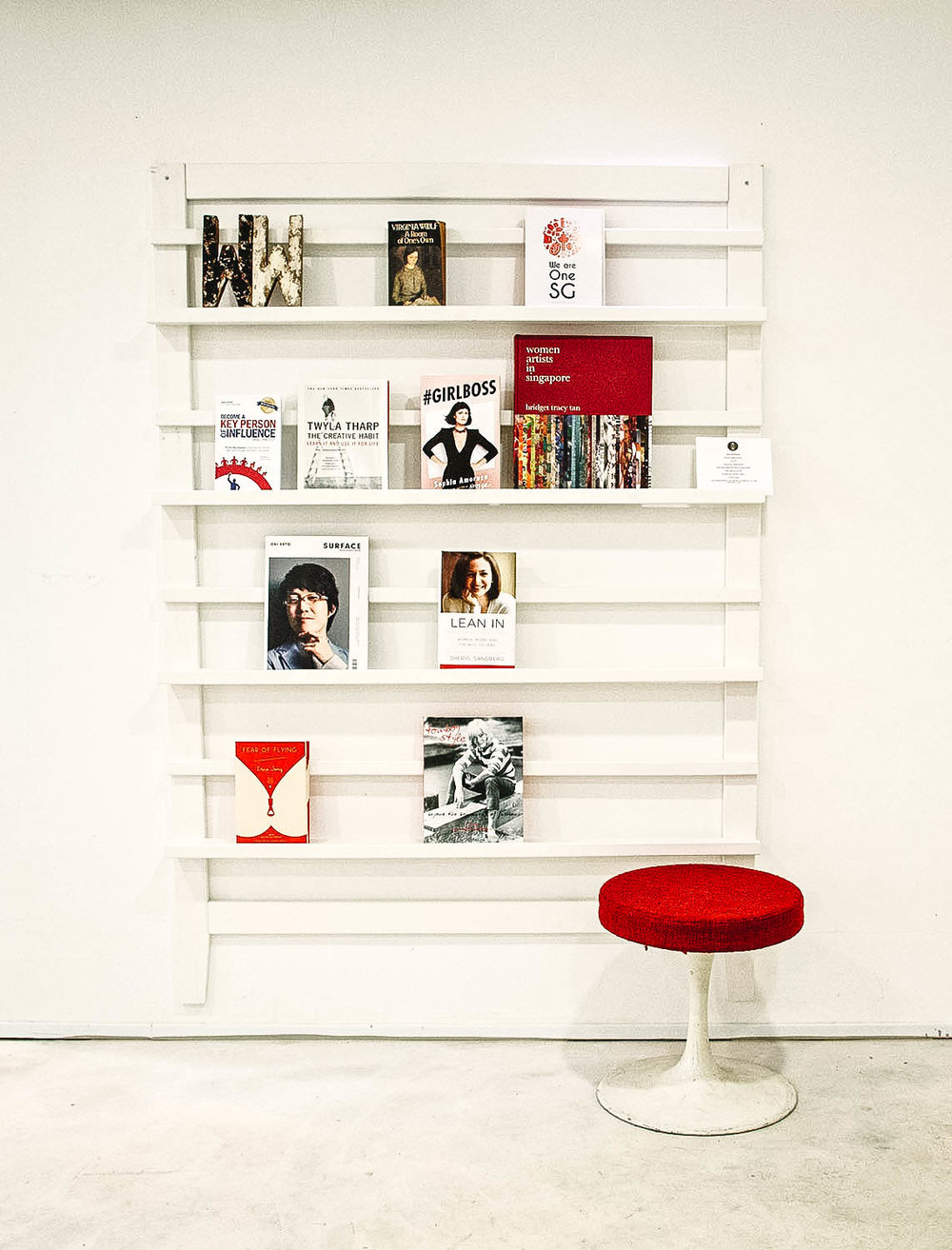 Stylish Simple Magazine Wall Rack Holder