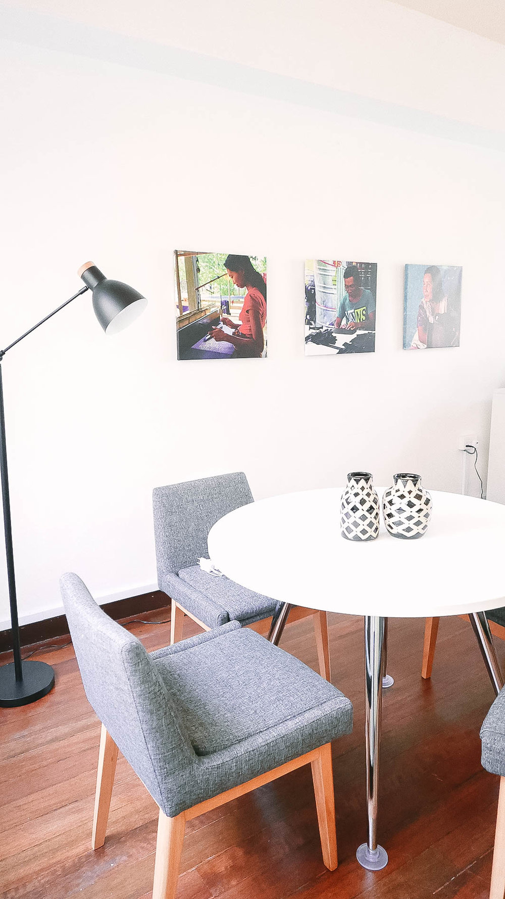 Clean Cool Office Interior Decor