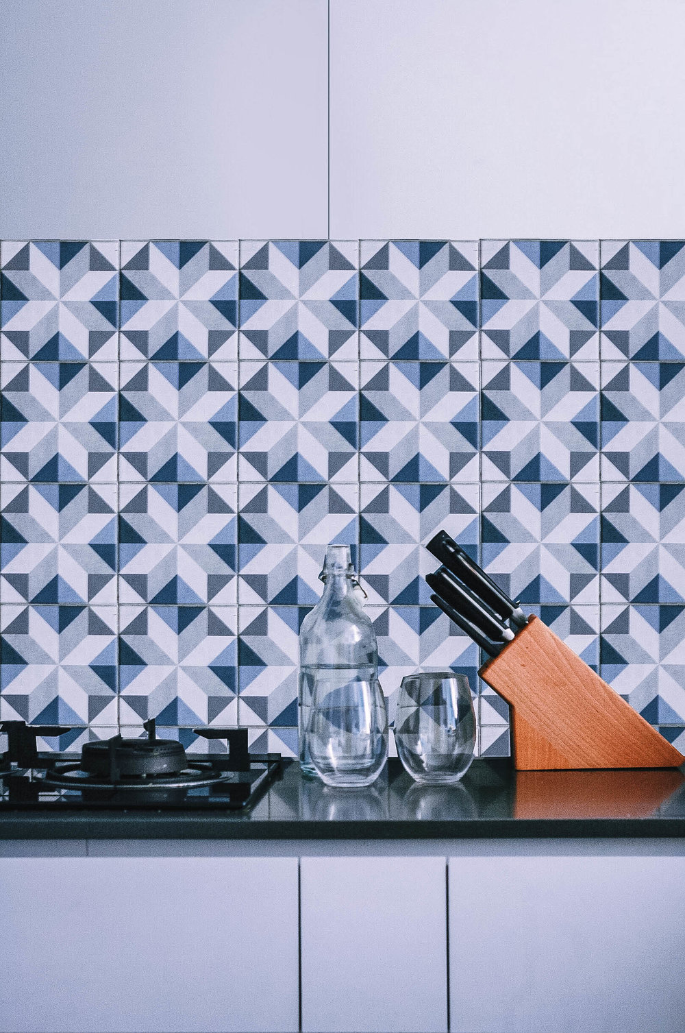 Cool Blue Tiles Kitchen Back Splash