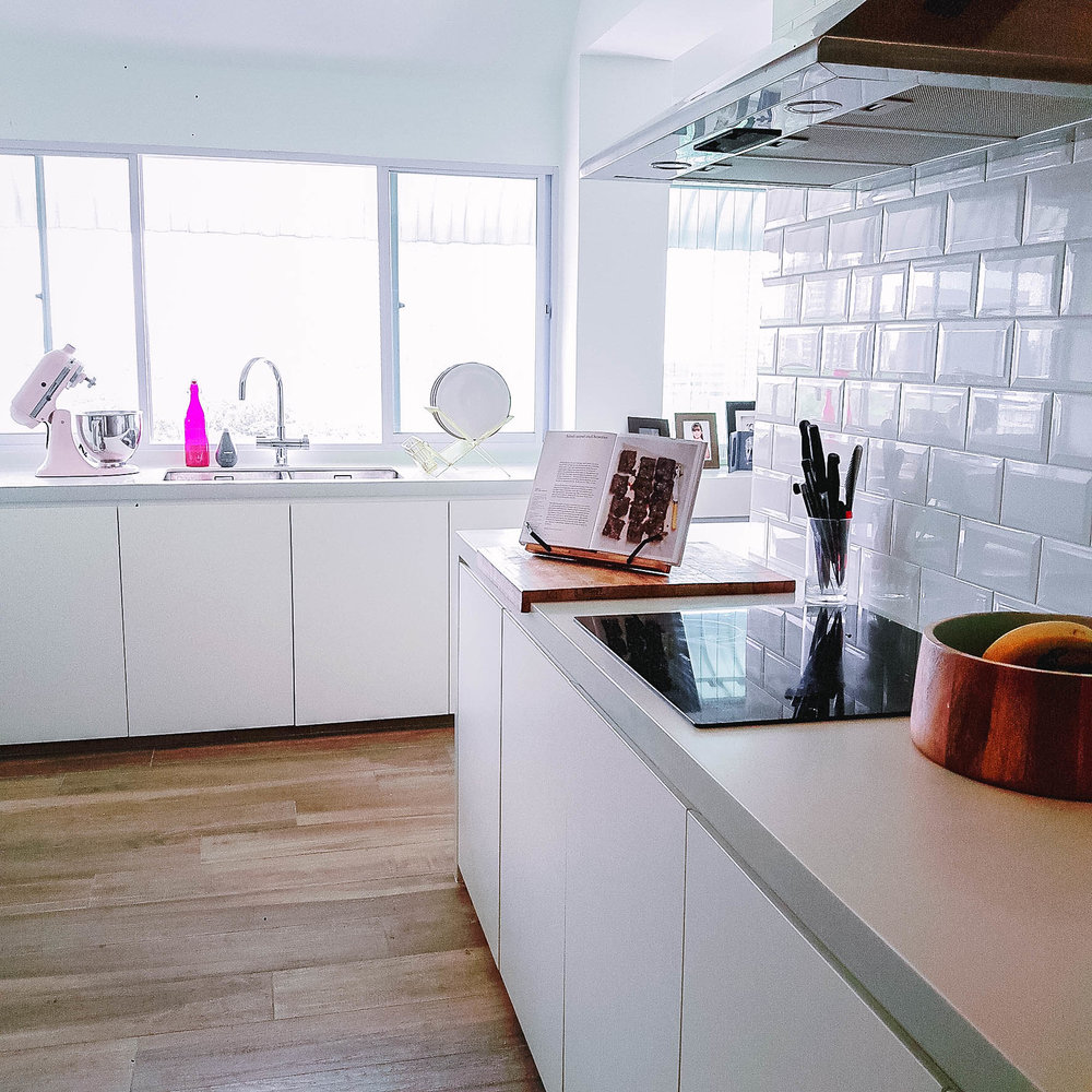 Subway Tiles Kitchen Splash Design