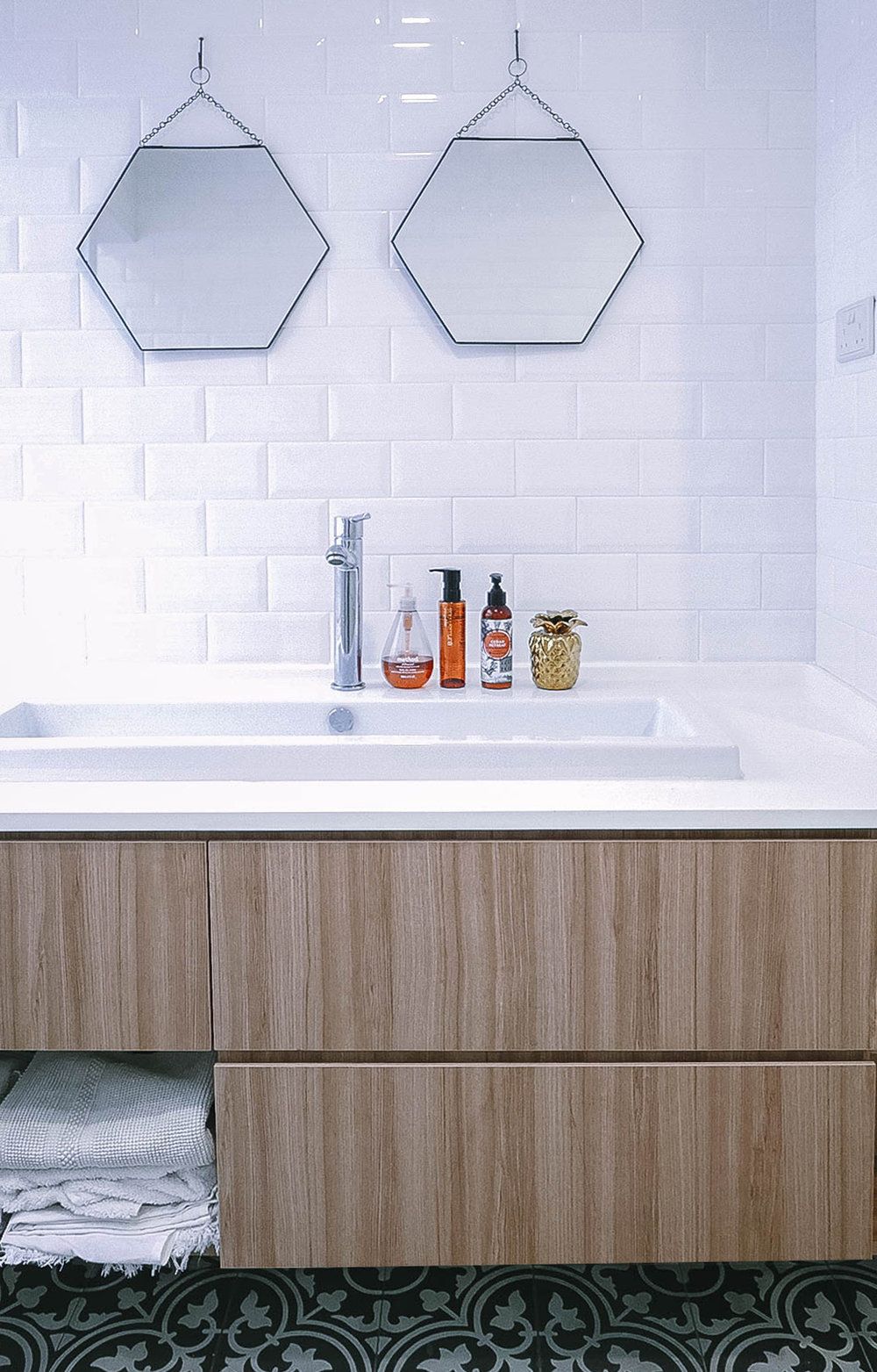 Hexagonal Bathroom Wall Mirrors