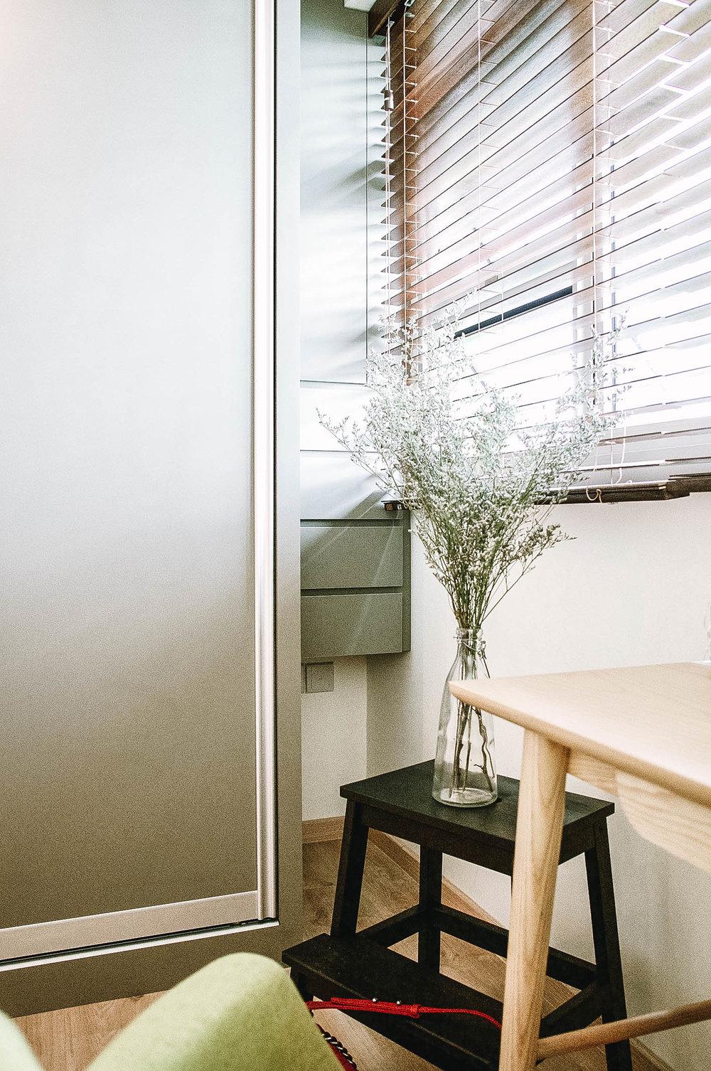 Cool Bathroom Frosted Shower Door