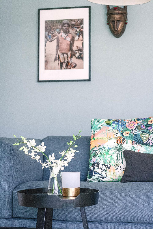 Sleek Modern Living Room Decor