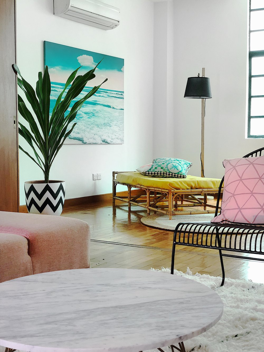 Cool Colourfukl Bright Boho Apartment Design