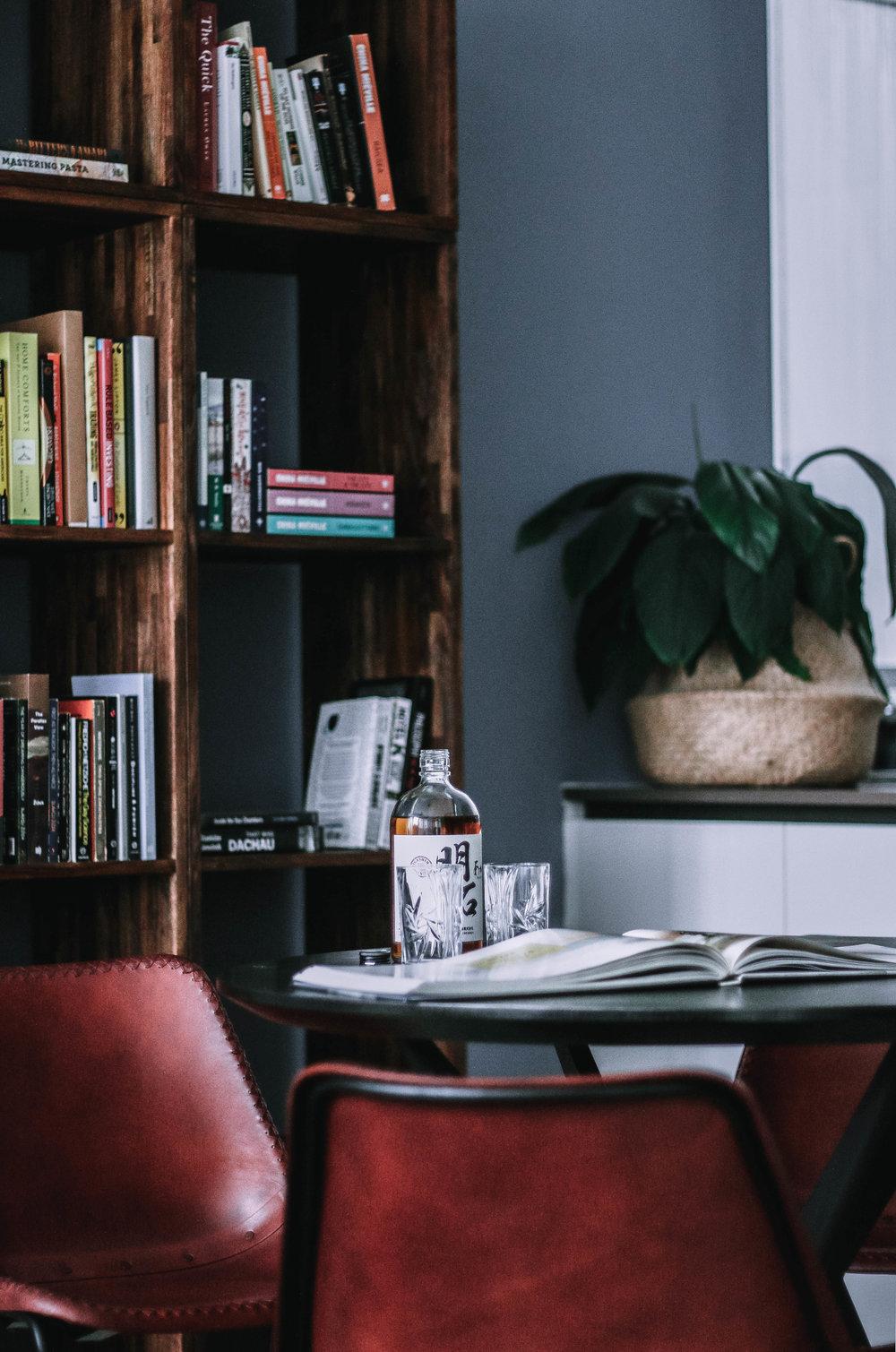 Hip Masculine Bachelor Pad Apartment Design