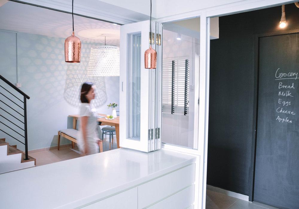 Modern Kitchen Design Black Feature Wall Brass Pendants