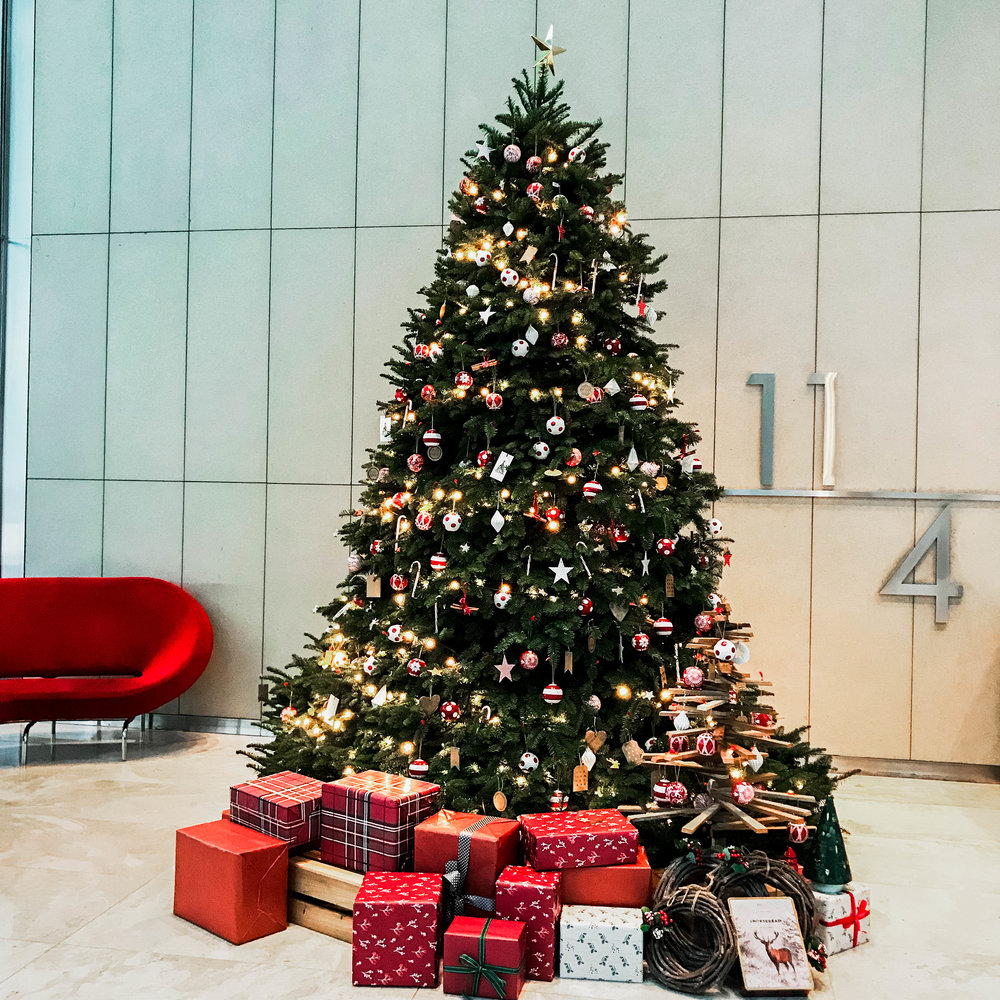 Office Lobby Christmas Tree Styling