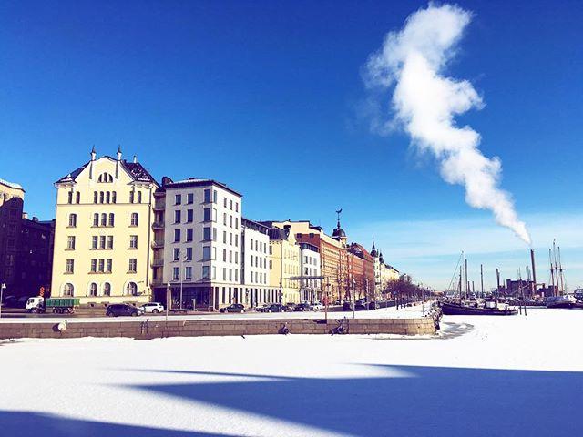 Godmorgon Helsingfors 🌟 . . . #nouwinfluencer #helsingfors #goodmorning #godmorgon #helsinkiofficial