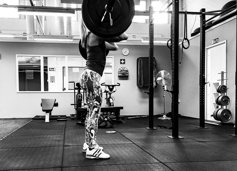En gammal bild från ett träningspass år 2016 när jag kände mig riktigt stark. Minns att jag det året lyfte riktigt bra på maxtesterna, så härlig känsla.