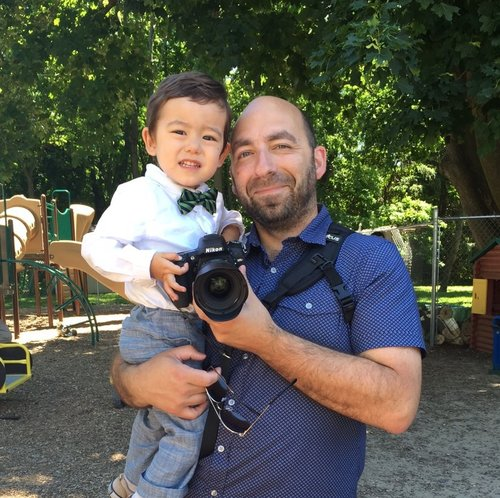 Me with my son! Already behind a camera since he was 3 years old =)