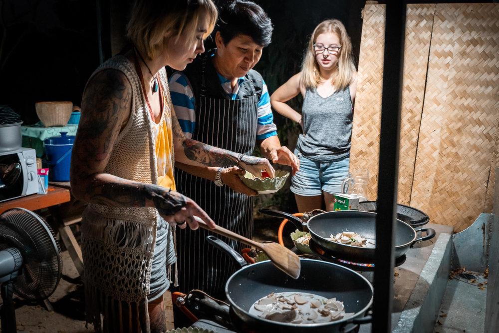 2019-02-10 - Vegan Town Lampang-Maik-Kleinert-photographer-videographer-84-2048px.jpg