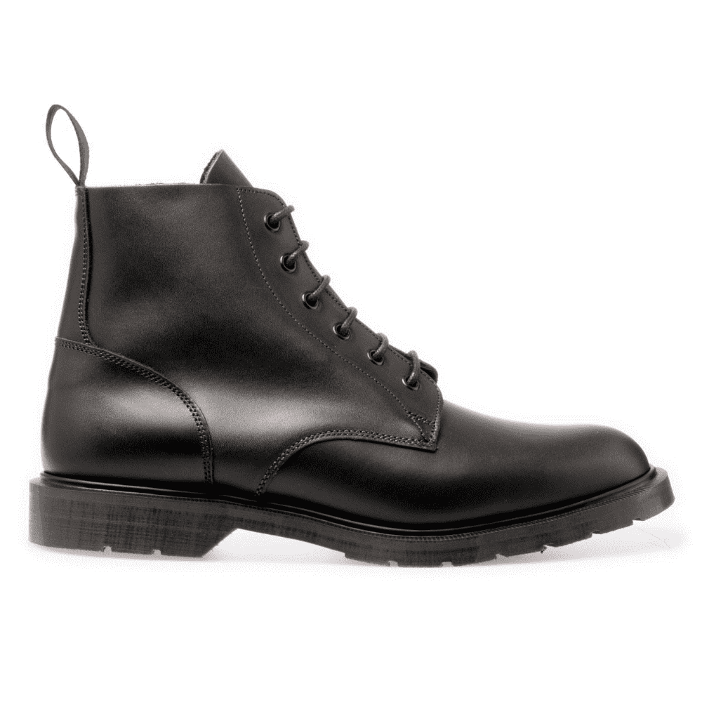 SOLOVAIR 6-EYELET DERBY BOOT - This is the best and most classic boot shape when it comes to menswear and streetwear. If you don't who Solovair is well, they're on of the original manufactures of Doc Martens. Simply, they're superior.SELLOUT RISK: LOW MED HIGHPurchase now at solovair-shoes.com for just under $200.00 after VAT is deducted.