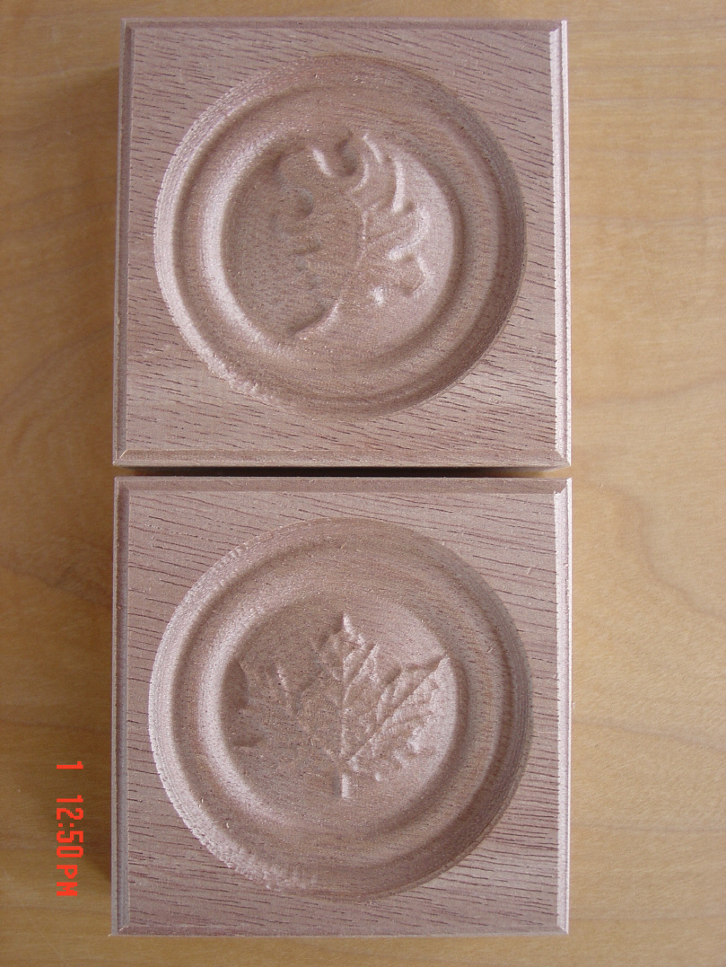 Oakleaf and Maple Leaf Rosette