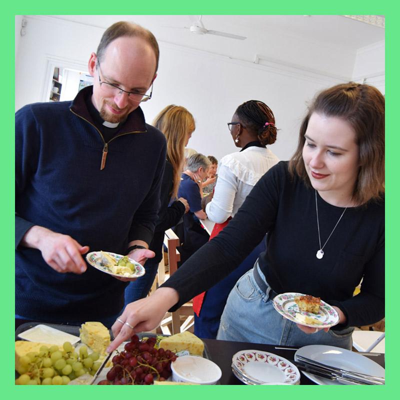 Community-lunch-5_Green.jpg